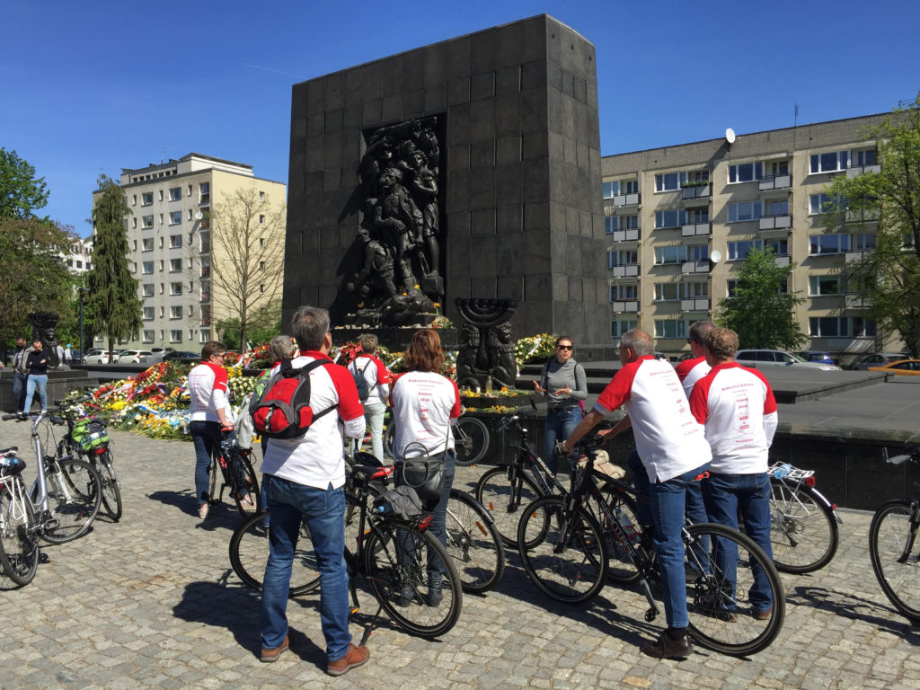 Bike Tour in Warsaw - Monument to the Ghetto Heroes